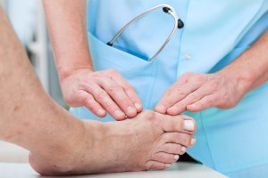 Causes and Treatments for Bunions in Sugar Land